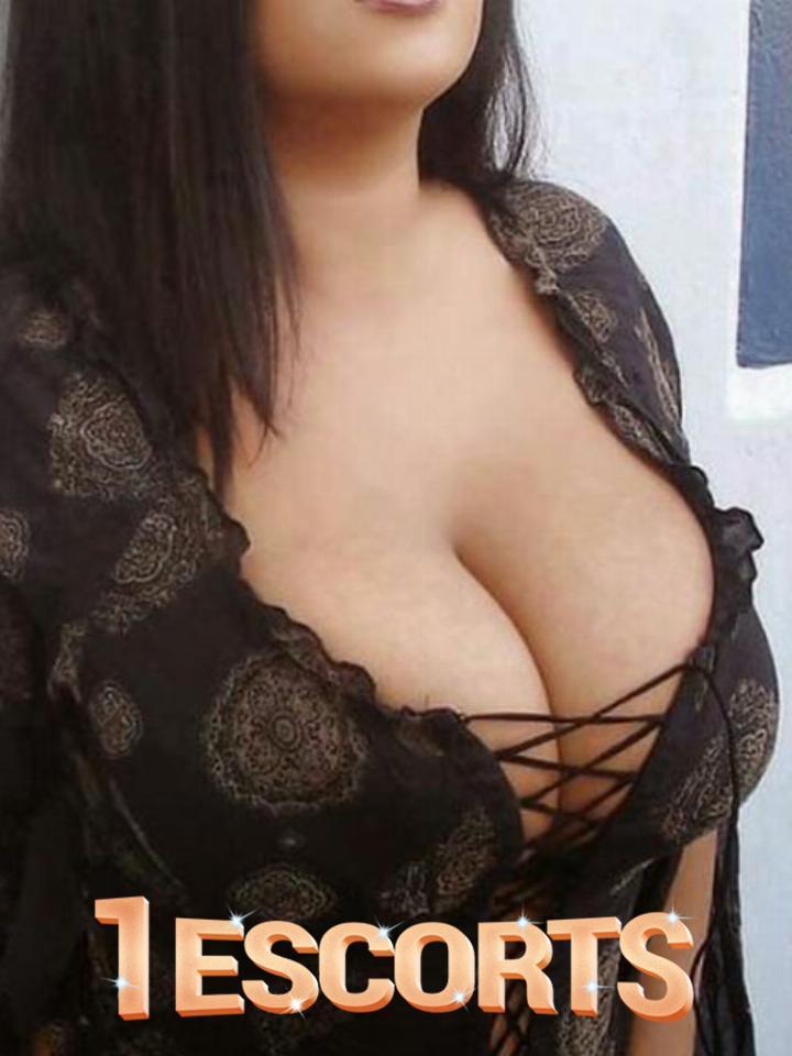 call girls in saket women seeking men  South Delhi -9