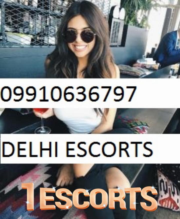 Call girls in Vikash Call Call girl in Chirag Delhi -1