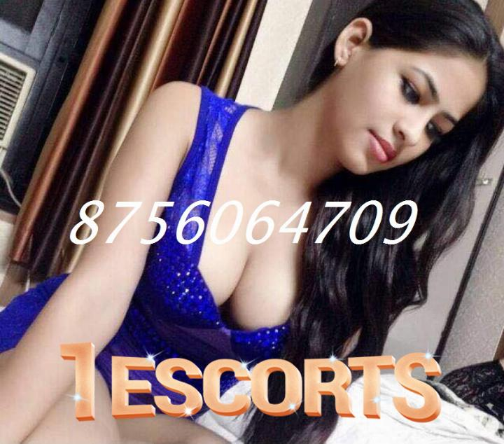VIP Call Girls In HazratGanj  Call Girls In Lucknow -1